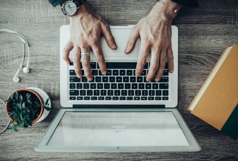 Cartórios oferecem serviço online para registro de imóveis