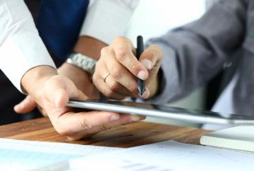 Como funciona a assinatura digital de contratos imobiliários?