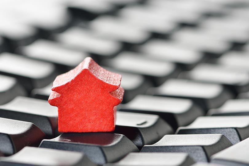 O papel do corretor na compra de imóveis pela internet